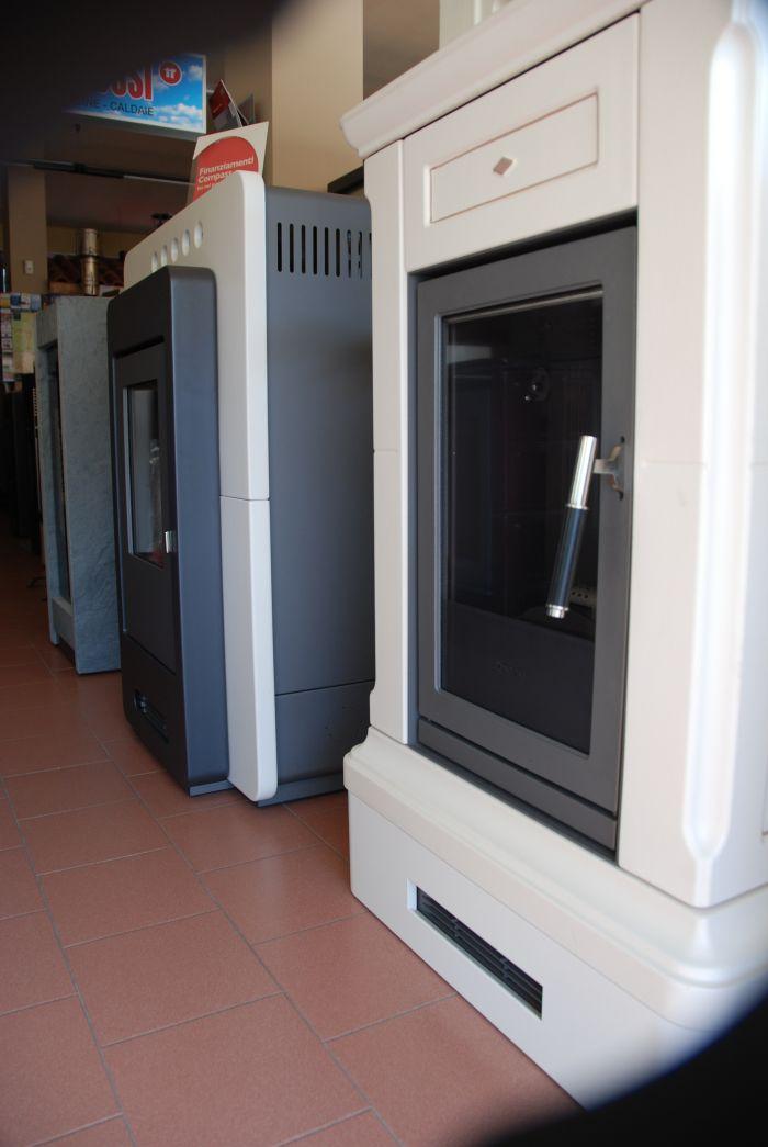 Offerta termostufe occasione cucine a legna sihappy - Termostufe a legna usate ...
