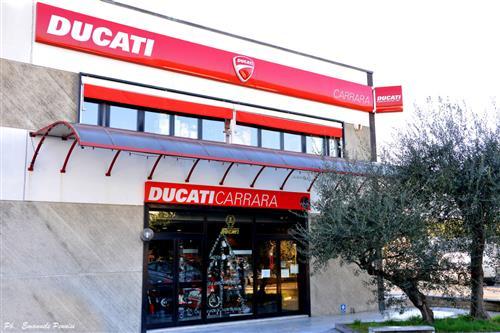 DUCATI CARRARA STORE DI E.GIANNARELLI Carrara foto 1