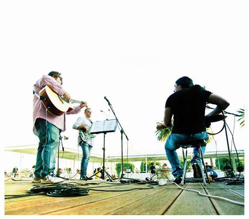 The Corners Band Laconi foto 5