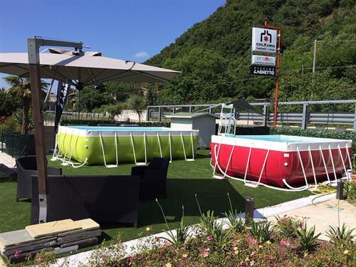 Idrotec vende e installa piscine fuori terra sihappy for Piscine in offerta fuori terra