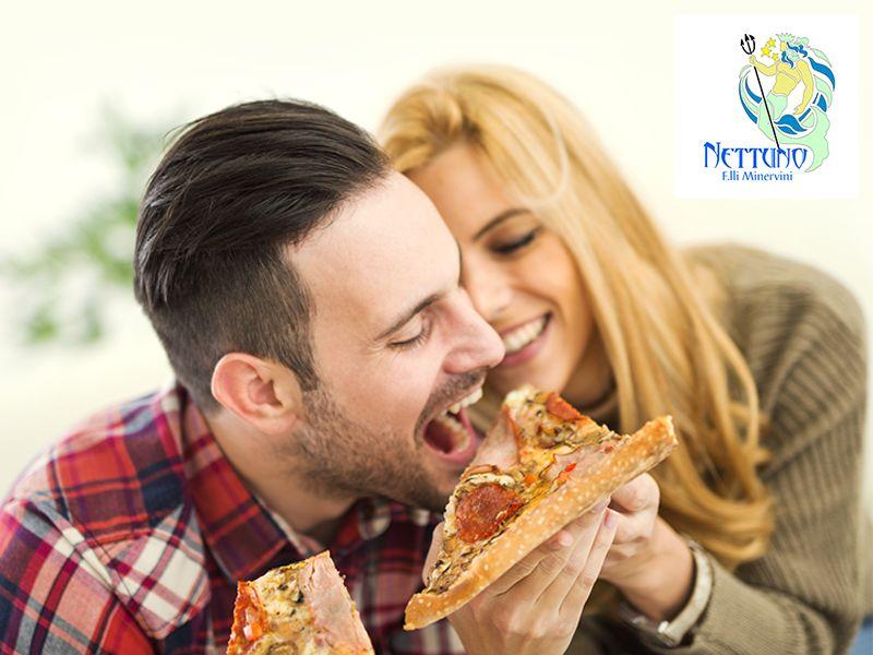 Ristorante Pizzeria Nettuno - Offerta Pizza a Domicilio - Promozione Servizio a Domicilio