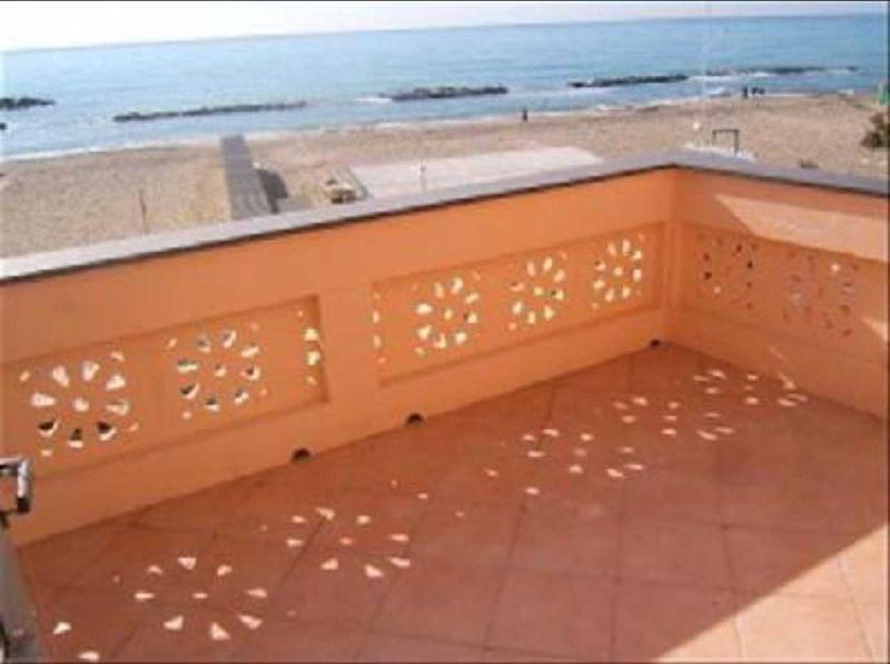 rif b2 appartamento vacanza in affitto fronte mare