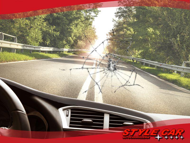 offerta riparazione parabrezza occasione vetro auto rotto promozione sanremo