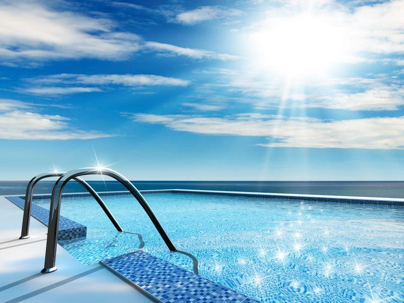soluzioni a 360 per la tua piscina chiama