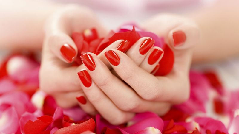 offerta manicure imperia estetica reds