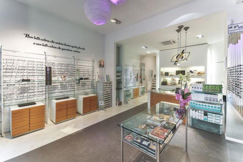 offerta vendita occhiali - occasione riparazione sostituzioni lenti e montatura occhiali