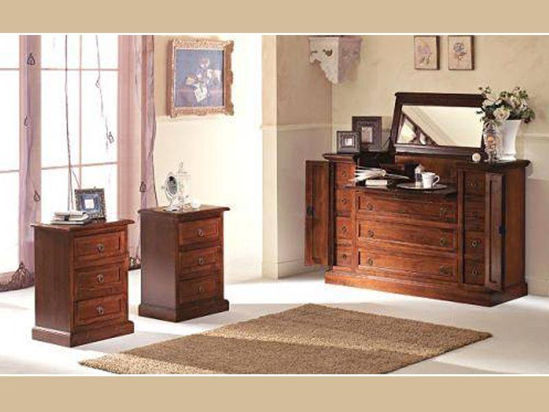 lavorazione di mobili in legno