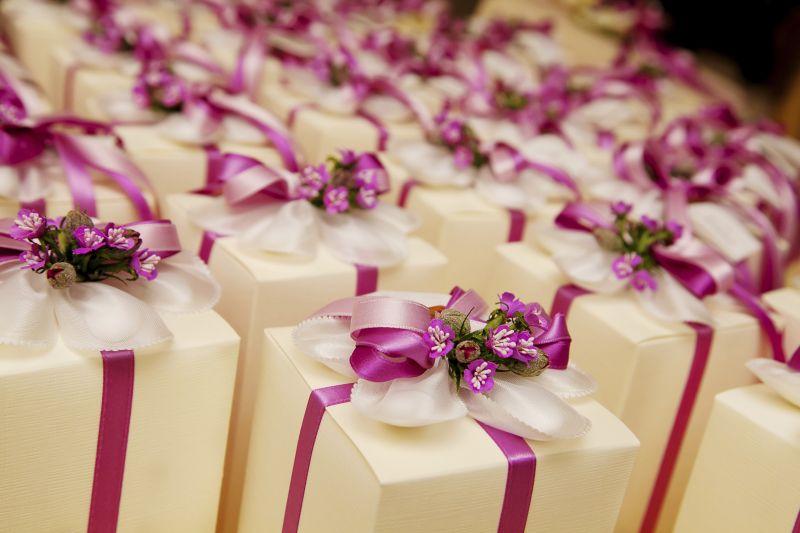 offerta Preparazione bomboniere per cerimonie matrimoni - occasione realizzazione bomboniere