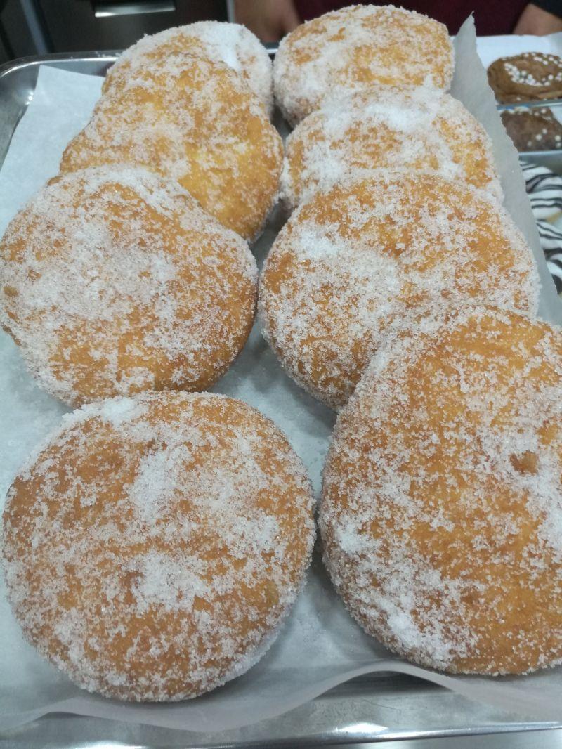 da mr donuts grafferia caffetteria ti aspettano questi buonissimi bomboloni