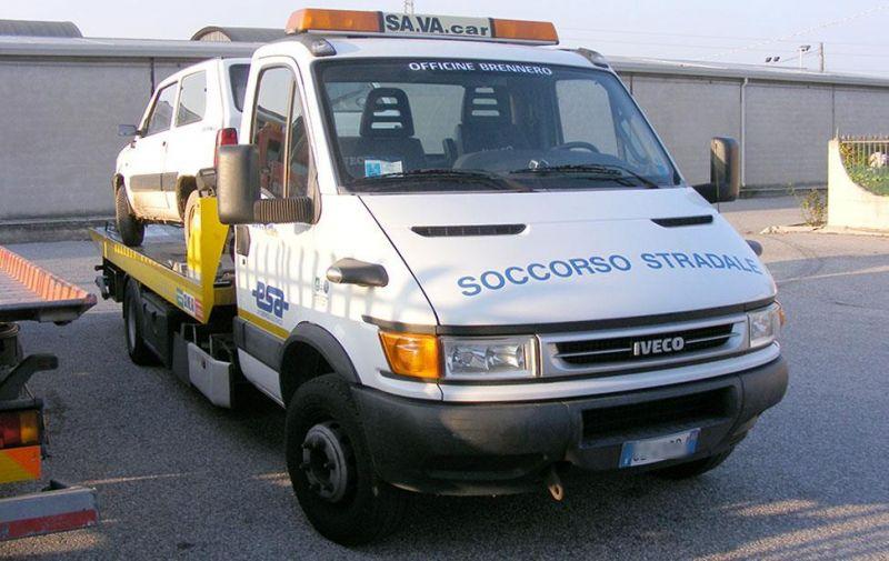 Offerta soccorso stradale con carro attrezzi e auto sostitutiva - Promozione Verona -SA.VA. Car