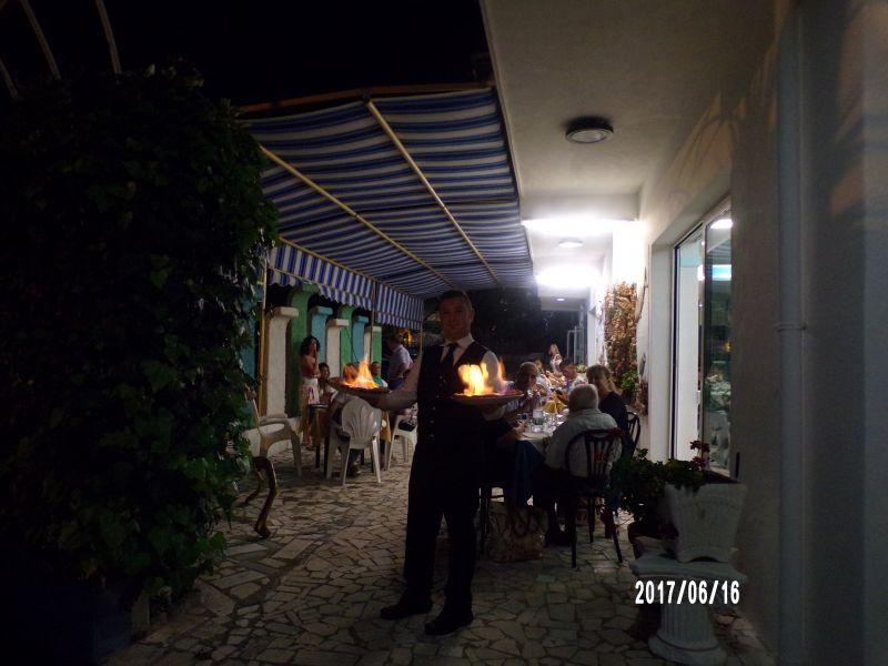 PIZZA Napoletana flambeu ristorante pesce carne