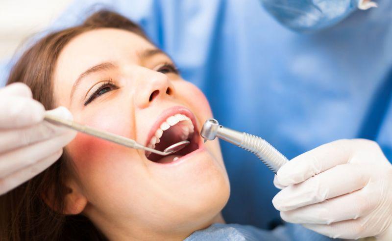 Offerta dispositivi ortodontici - Promozione dentiere protesi dentarie metal free Valdagno
