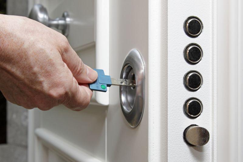 Offerta conversione serratura da doppia mappa a cilindro europeo di sicurezza - Verona