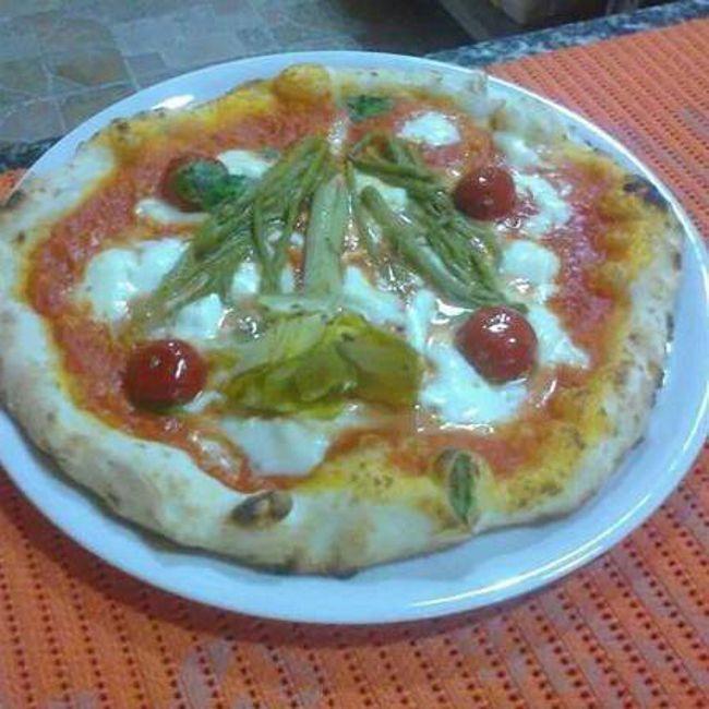 Offerta pizza verace napoletana - Promozione vera pizza di Napoli - Antica Pizzeria del Corso