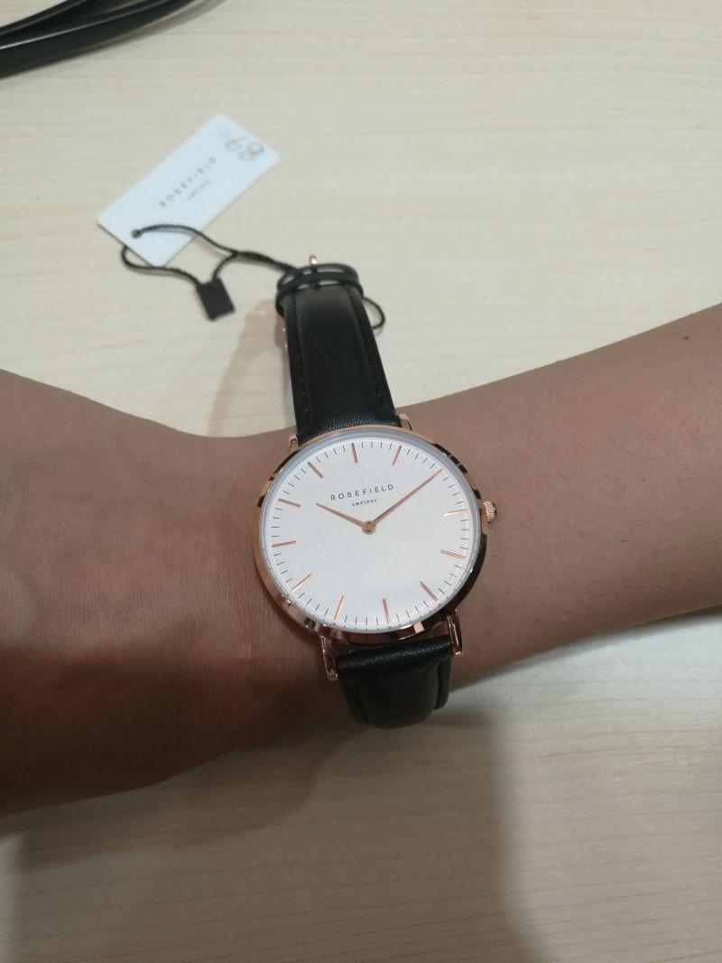 Da Il Gioiello trovi orologio Rosefield collezione Tribeca.