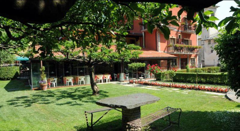 Offerta ristorante lago di Como - Promozione specialità Como - Hotel Ristorante La Griglia