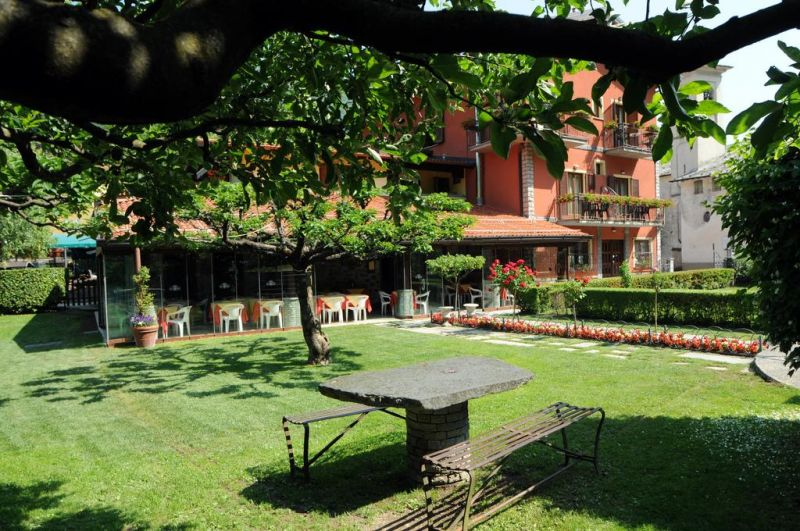 Offerta dormire vista lago Como Hotel Albergo La Griglia - occasione hotel a como vista lago