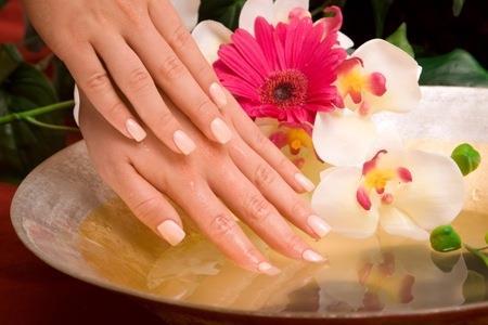 offerta trattamento manicure piu paraffina imperia estetica reds