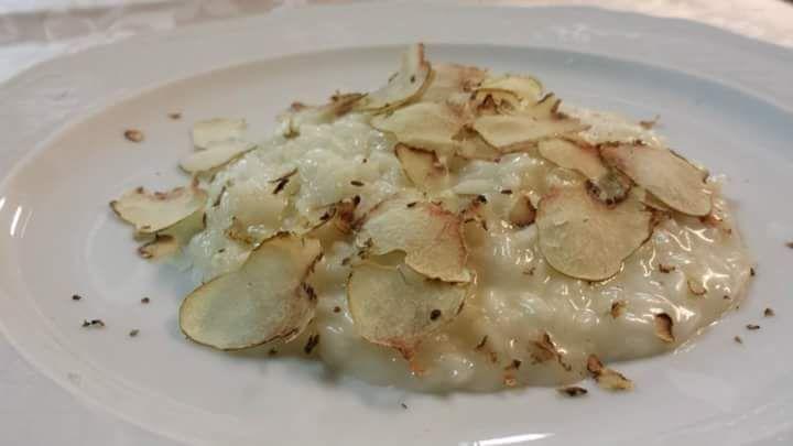 Offerta specialità piatti con tartufo bianco - Promozione ristorante tartufo bianco Verona