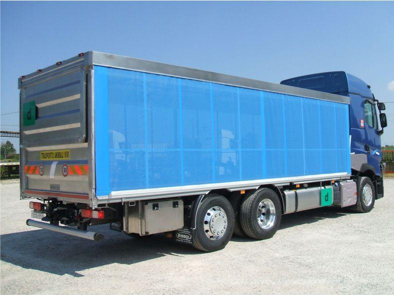 Offerta realizzazione allestimenti camion-Promozione servizi pedane caricatrici camion Verona