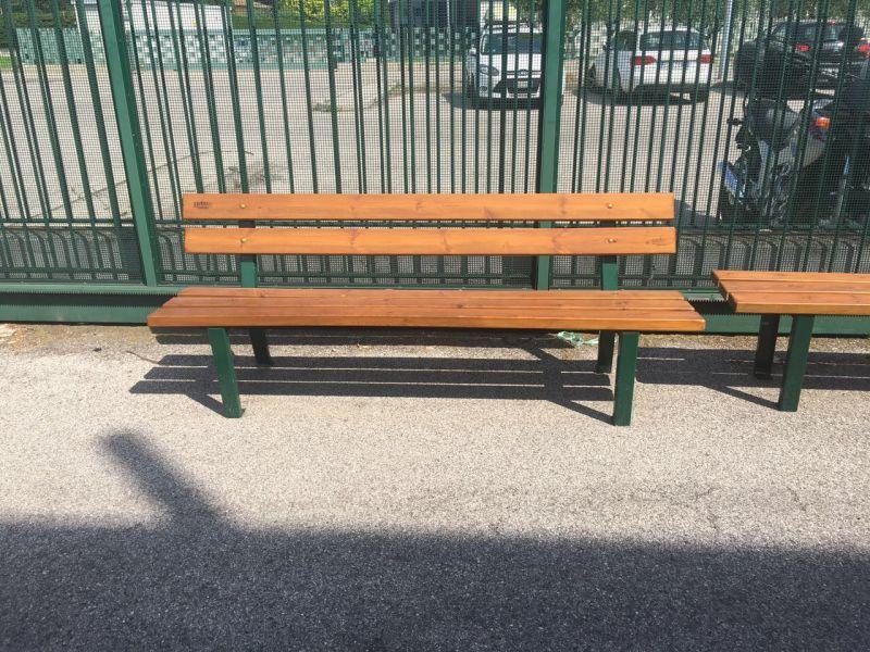 Offerta realizzazione altalene per parco giochi Verona -Promozione panchine Ringhiere in ferro