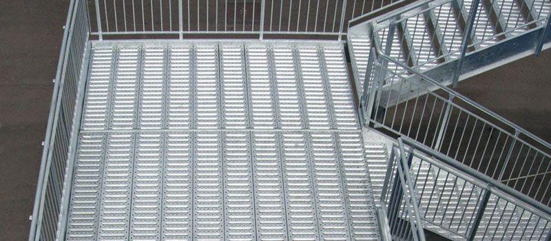 offerta progettazione costruzione scale di sicurezza - occasione posa scale antincendio milano