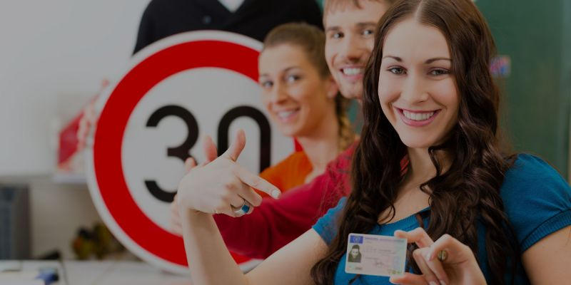 offerte Pratiche Auto e Moto - occasione Corsi per patente teoria e guida per autoveicoli