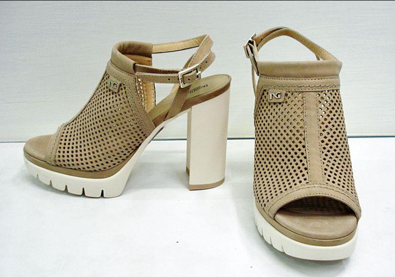 Offerta-Scarpa Donna,Sandalo Nero Giardini