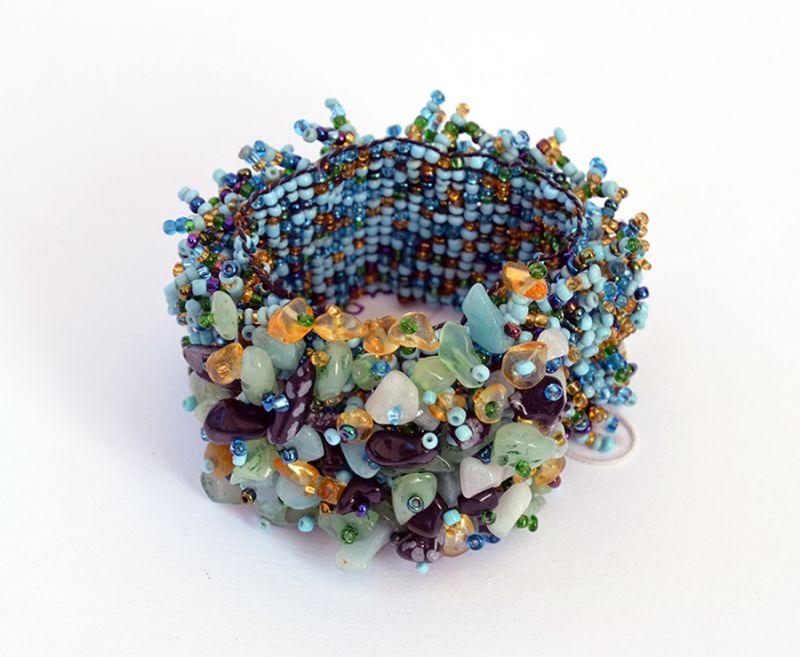 Offerta - Bracciale elastico perline e madreperla