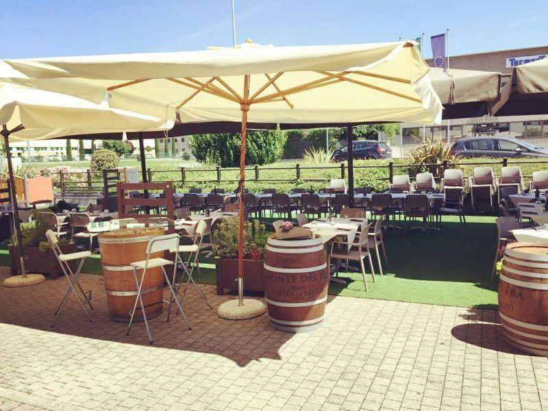 Offerta Location per feste di laurea Verona - Promozione locale per compleanni Dossobuono