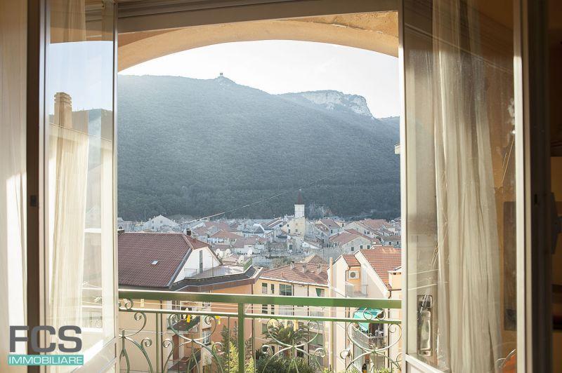 offerta bilocale ristrutturato finale ligure - vendita appartamento vista panoramica finalborgo