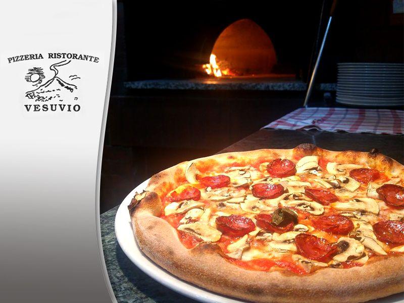 Si!Happy cucina tipica Italiana - Promozione forno a legna - Pizzeria Ristorante Vesuvio