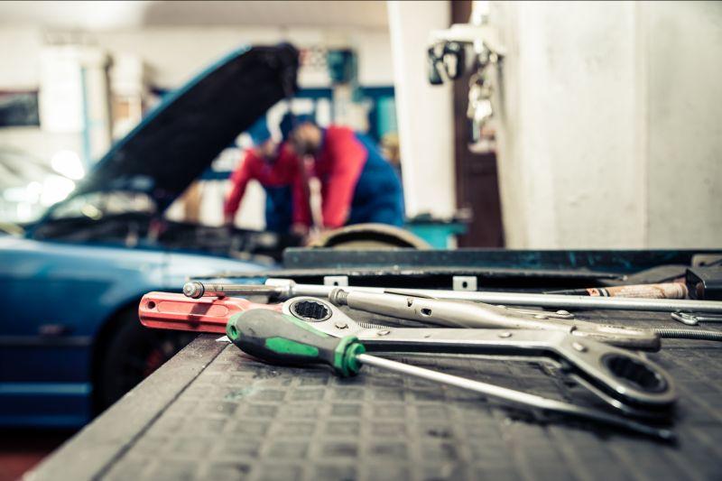 Offerta manutenzioni automobili -Promozione assistenza automezzi autoveicoli industriali Verona