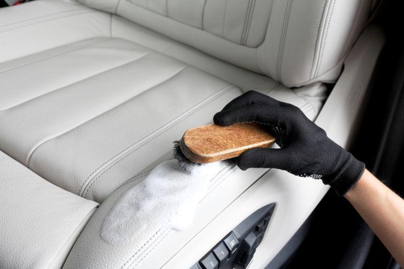 Offerta pulitura di interni auto autoveicoli - Promozione pulizia interni autovetture Verona