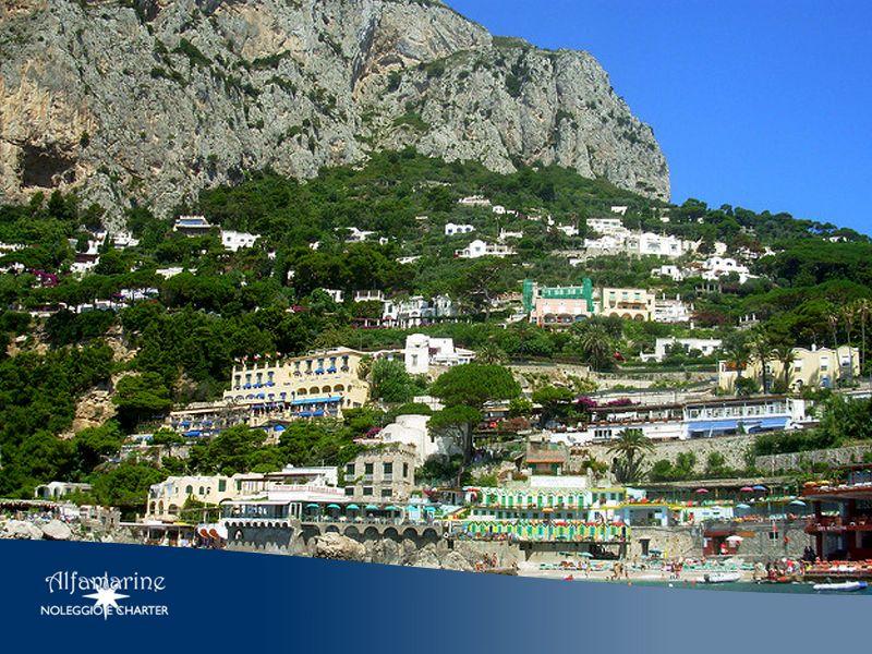 Offerta Tour Capri - Promozione Tour Capri - Visite guidate alle  baie e grotte di Capri