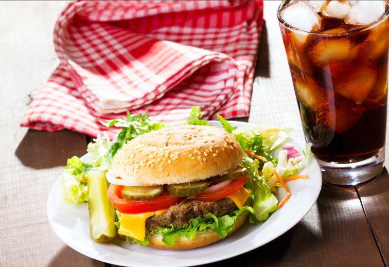 Offerta pranzo veloce Valeggio Verona - Panino preparazione tramezzino tostoni al momento