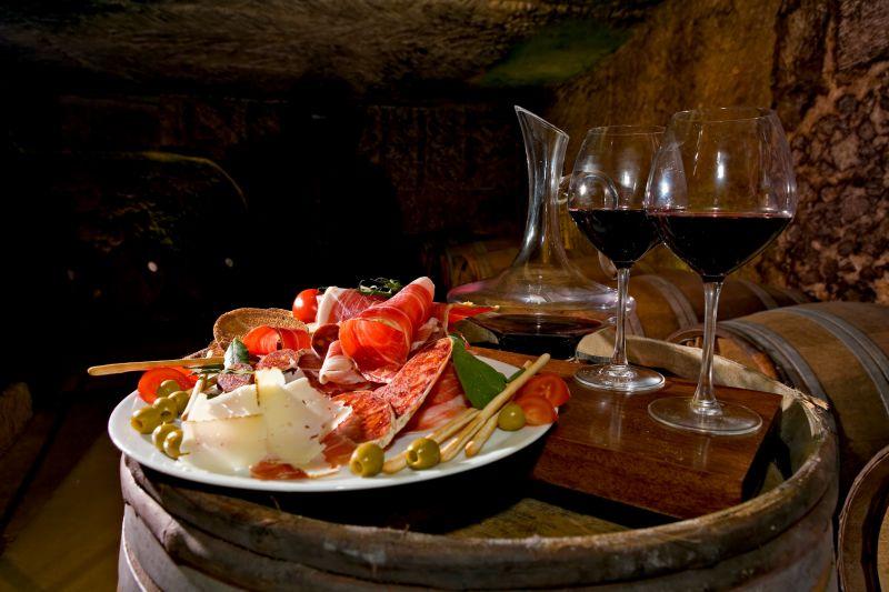 Offerta pranzo cena completo per turista -Promozione Occasione menù per turisti Valeggio Verona