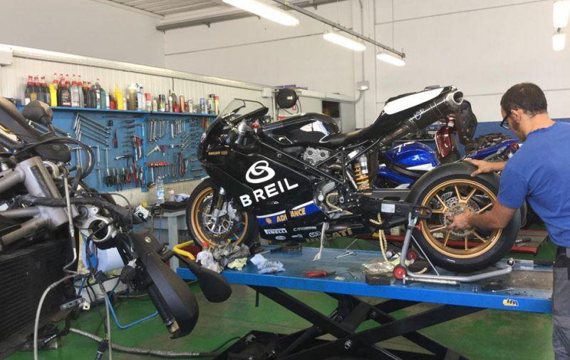 Offerta assetti corsa di moto - Promozione assistenza tecnica sulle moto Verona