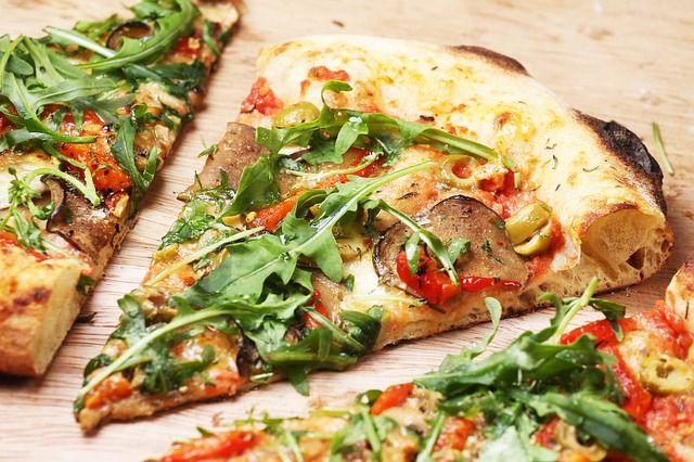 offerta pizza d'asporto - occasione pizza con consegna a domicilio - promozione pizza bassano