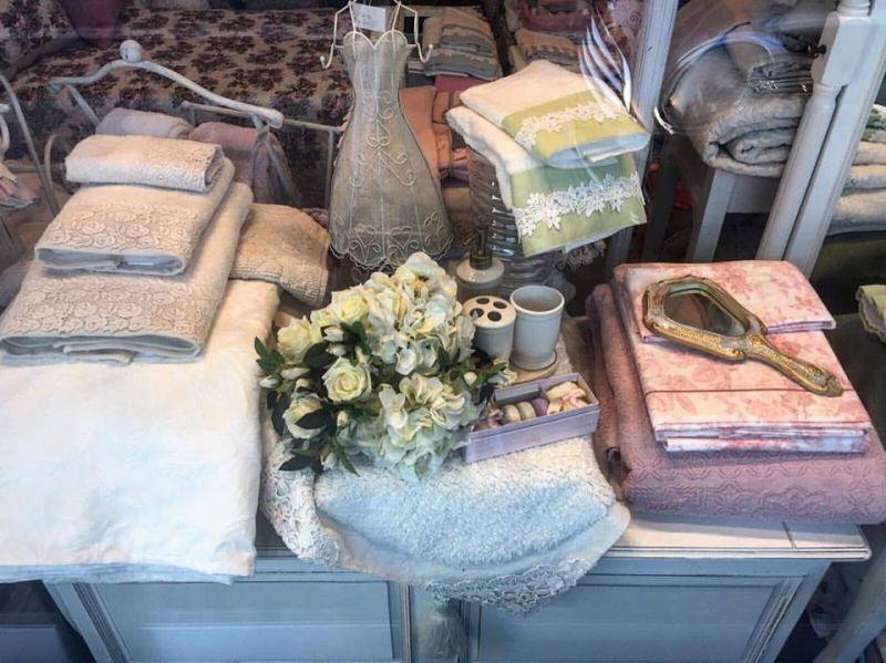 offerta realizzazione lenzuola e asciugamani personalizzati - occasione vendita set da bagno