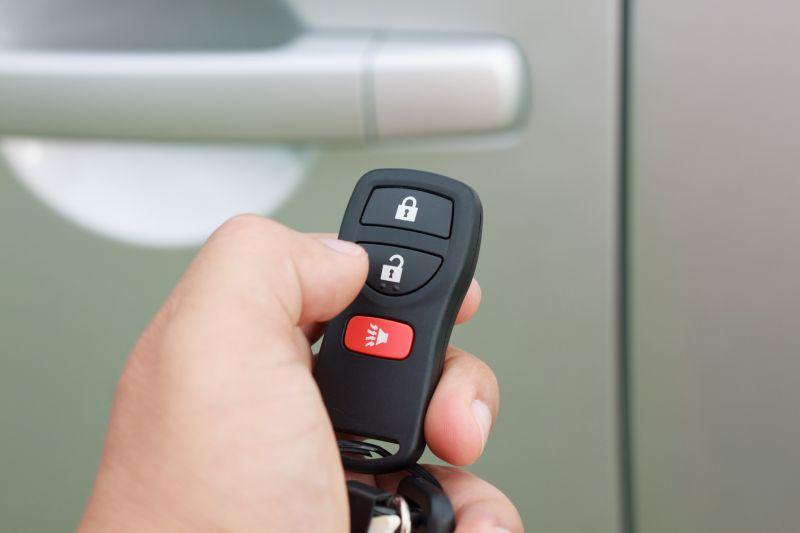 Offerta centro officina duplicazione chiavi automobile Verona Cerea-Ferramenta per chiave auto