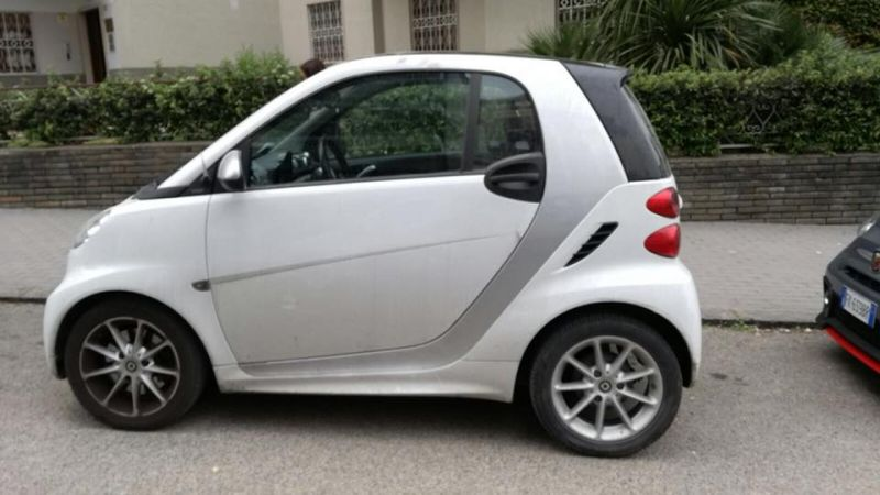 ZENTRUM CARS ti aspetta Smart forTwo 1.0 71 cv 2014 70000 km