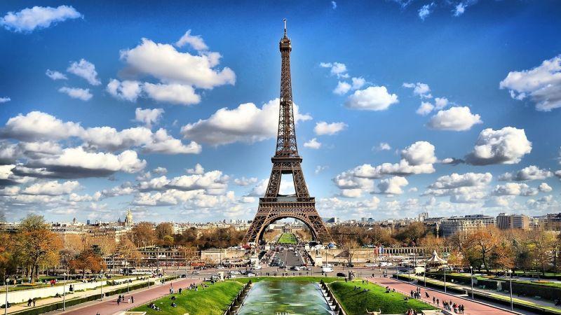 OFFERTA 5 notti a Parigi con volo diretto da Cagliari a... - SiHappy