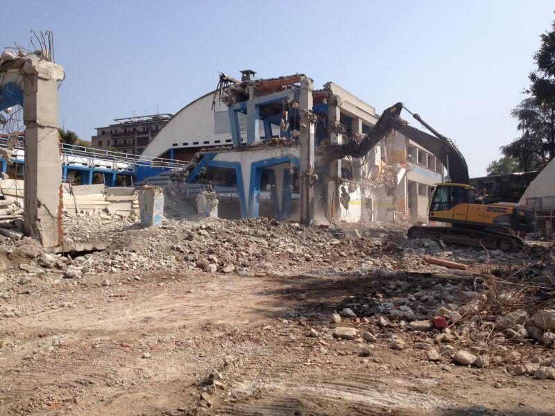 Demolizioni edili, civili ed industriali