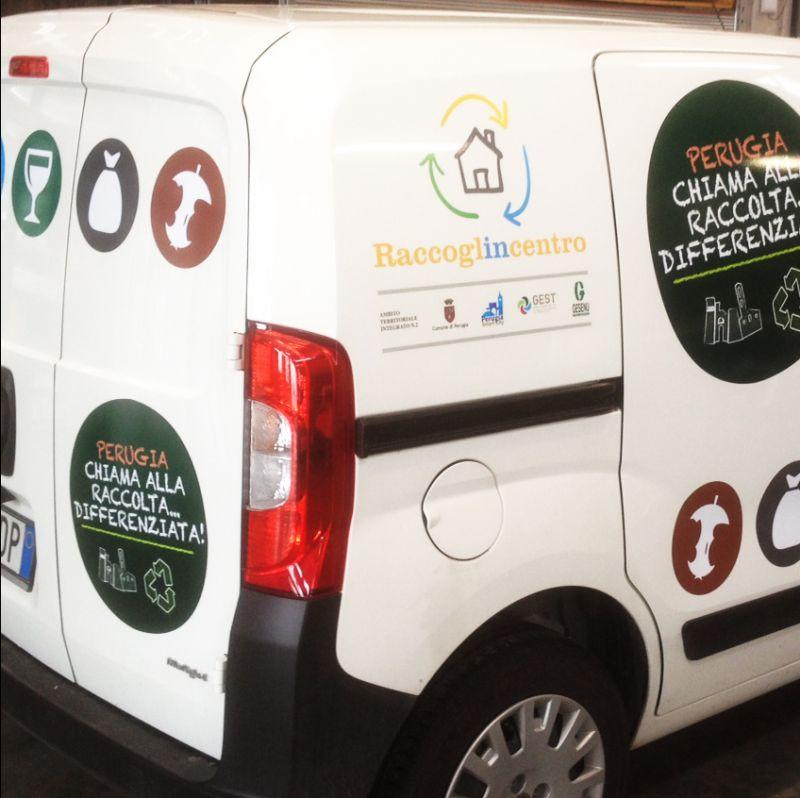 Offerta decorazione auto Gubbio - decorazione furgoni Gubbio - Grafox