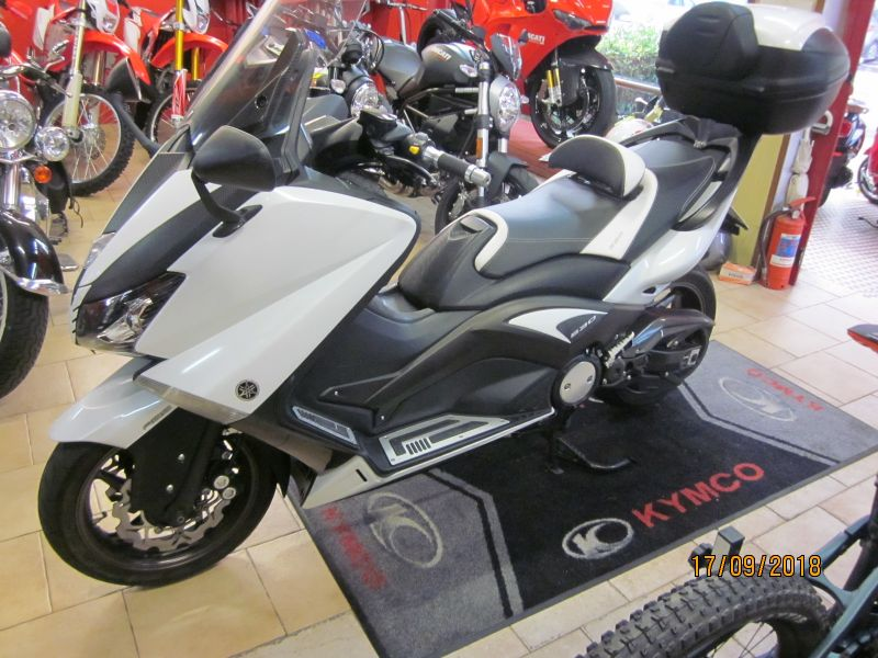YAMAHA T MAX  530 ABS