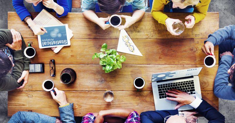 Offerta sale riunioni prazo e cena - Promozione prenotazione riunione lavoro pranzo e cena