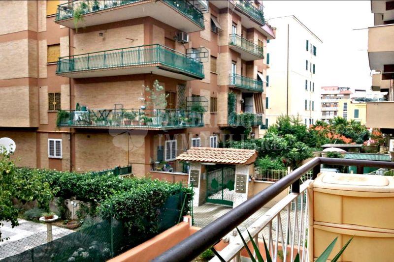 Offerta vendita appartamento Centocelle - occasione trilocale in vendita Via degli Olivi Roma