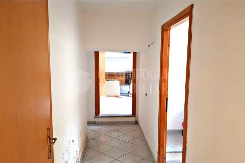 Offerta vendita appartamento Centocelle - occasione bilocale uso ufficio in vendita Roma
