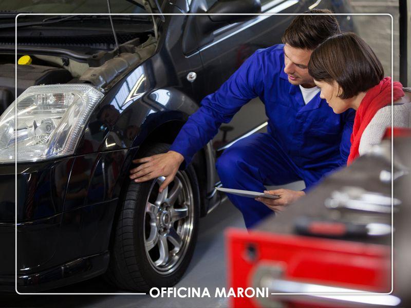 Offerta servizio professionale convergenza ruote auto a Torino - Officina Maroni